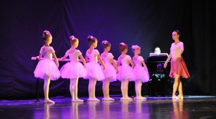 Taneczna Podróż dookoła Świata - Z OKAZJI DNIA DZIECKA