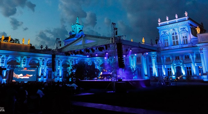 Amazing outdoor stage in the square of the Wilanów Palace