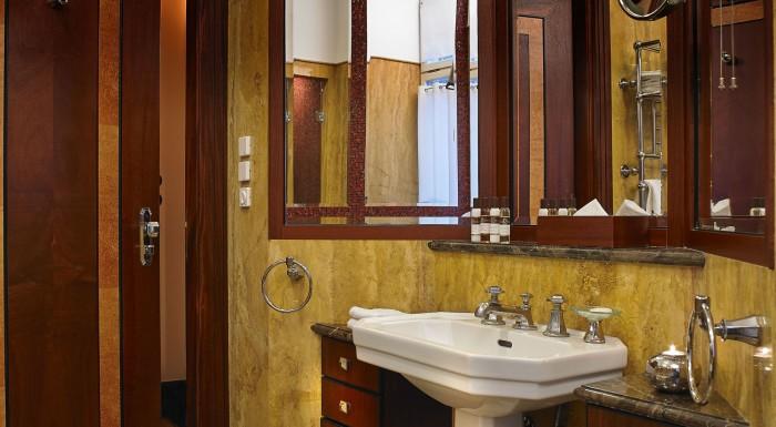 Rialto Hotel