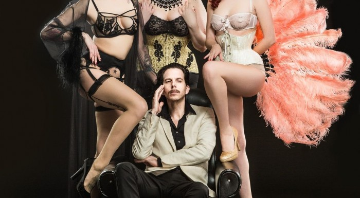 Burlesque at Podwale Bar and Books