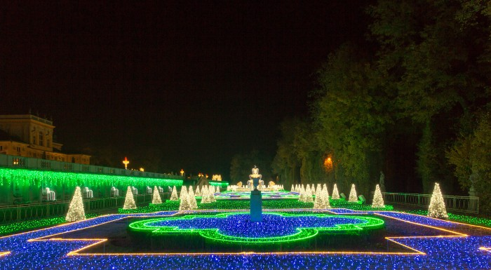 THE ROYAL GARDEN OF LIGHT-The Museum of King Jan III's Palace at Wilanów