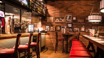 TGI FRIDAYS restauracja amerykańska bar&grill - żeberka ,steki, burgery