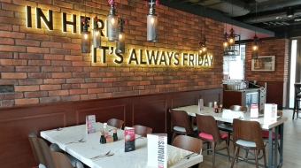 TGI FRIDAYS  American restaurant - steak house bar&grill/ribs ,steaks ,burgers/