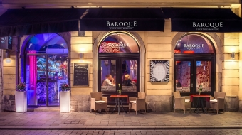 BAROQUE Cocktails & Music - Main Square